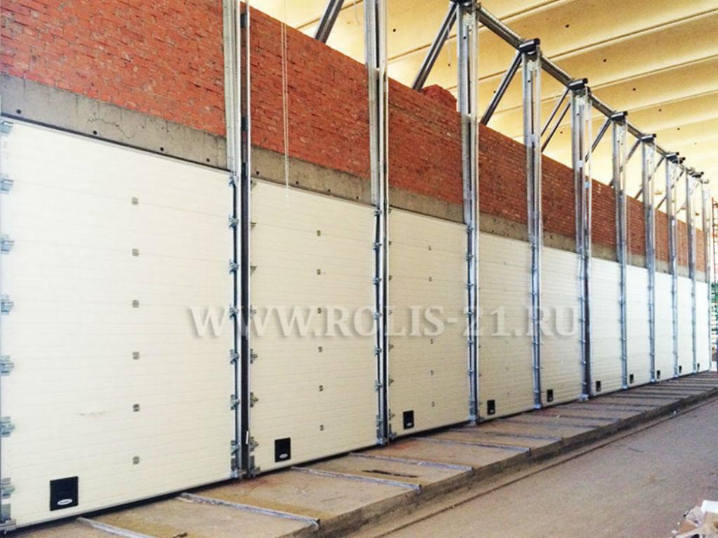 Ворота секционные промышленные