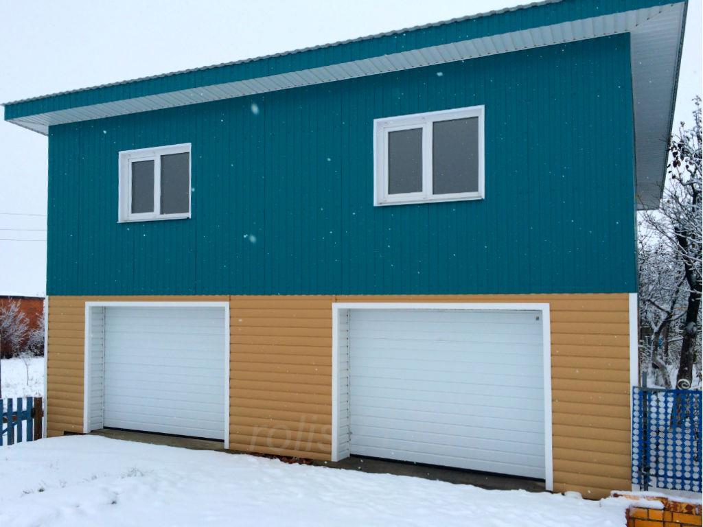 Ворота секционные на гараж с двумя проёмами