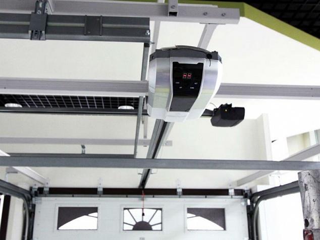 Автоматика для секционных ворот: фото - 3