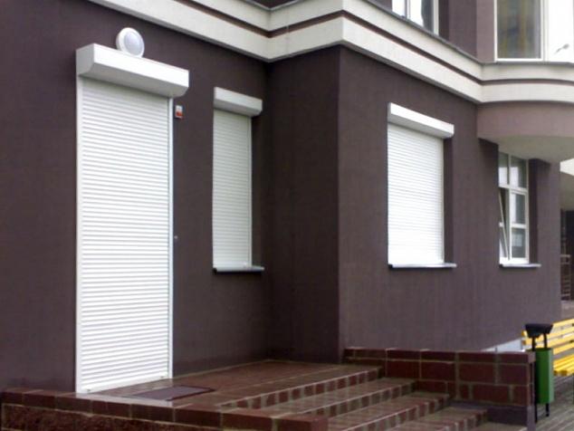 Рольставни на окна и двери: фото - 1