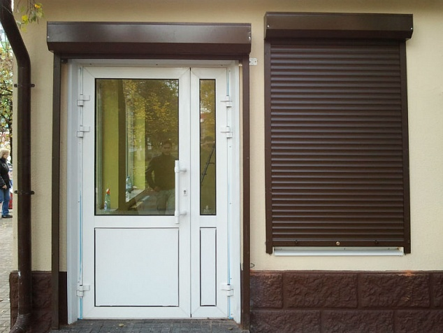 Рольставни на окна и двери: фото - 3